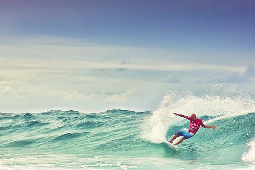 Ke11y Slater [Explored] (Jesper Blow) man beach water canon rocks surf waves oz surfer board wave australia 11 surfing dude explore american surfboard winner qld queensland pro kelly win aussie snapper quiksilver goldcoast slater kellyslater snapperrocks 24105mm 50d explored quiksilverpro2011 ke11y