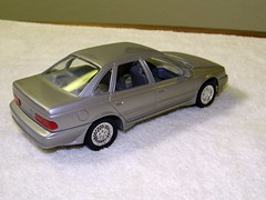 1989 Ford Taurus SHO Sedan Promo Model Car (coconv) Tags: auto door old classic cars ford scale car sedan vintage four promo model automobile antique 4 plastic 124 sample kit 1989 collectible collectors taurus promotional coupe sho dealership johan mpc 89 125 amt smp hubley revell banthrico