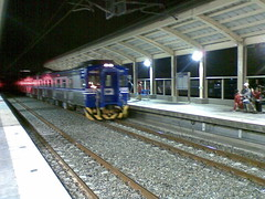 竹中車站列車進站