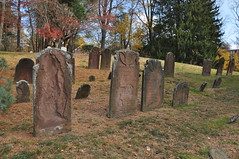 Vine Street Cemetery Middletown CT (caboose_rodeo) Tags: 2894