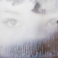(anna gutermuth) Tags: window water square eyes condensation experimenting week46 52weeks 30mmf14