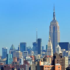 Empire State sq (Thomas Roland) Tags: new york city travel bridge usa by skyline brooklyn america skyscraper nikon state manhattan tourist midtown highrise bro rejse skyskraber højhus epire copyrightthomasroland
