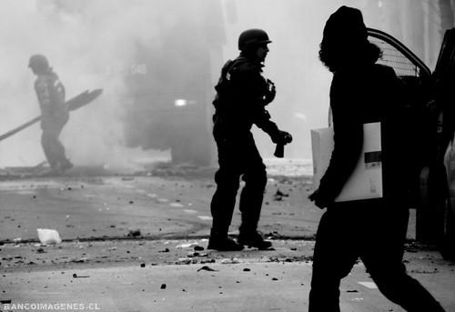 MANIFESTACIONES VIOLENTAS by 210.000 vistas !!! || BANCOIMAGENES.CL