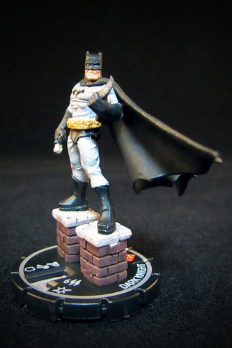 DC HeroClix Collateral Damage #223 Dark Knight - LE