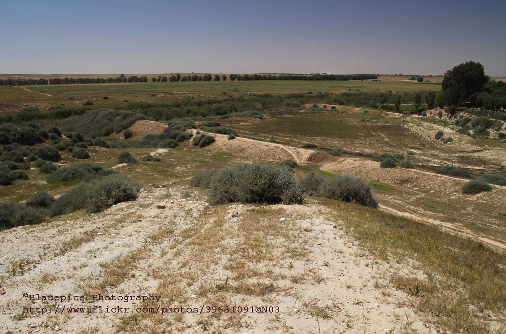 Tel Sheria, Panorama, remains of the Ottoman railway