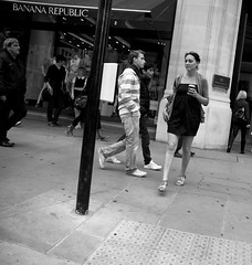 Oh ! thanks Darling ! You're just on time for my coffee :-) (Pierre Mallien) Tags: street uk morning people urban bw london coffee caf girl canon eos vacances holidays raw republic britain pierre candid sunday banana pit jungle londres metropolis streetphoto rue regent darling dimanche londonist photoderue rawstreet pitvanmeeffe 5dmark2 mallien pierremallien lemeilleurphotographedemariagedebelgique