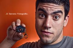 Mi nueva camara (jl serrano) Tags: portrait canon retrato flash yo autoretrato andalucia retratos cordoba jl andaluz remoto baena tonos 550d strobist canon550d jlserrano