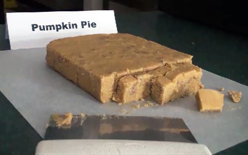 Pumpkin Pie fudge? Why not?!