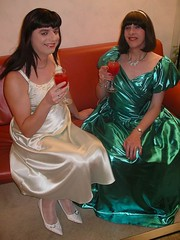 Cocktail (Paula Satijn) Tags: ladies friends green tv shiny dress cd silk skirt tgirl gown satin nightdress nightie