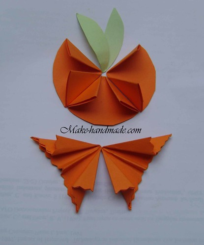 halloween crafts: origami pumpkin tutorial