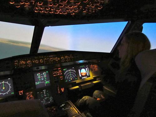 Sara flying the A320 Sim