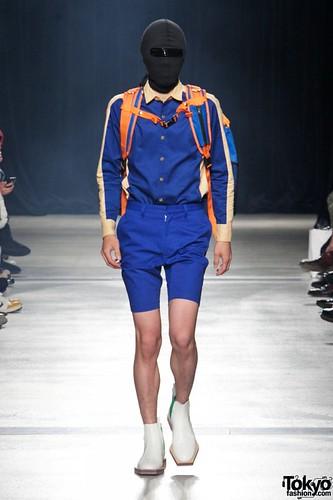 Banal-Chic-Bizarre-Menswear-Japan-Fashion-Week-2012-SS-001-600x900