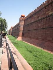 (Raviashish) Tags: india temple ancient ruins asia delhi islam tomb mosque hinduism masjid newdelhi redfort olddelhi lalqila lodhigardens humayanstomb mogulempire