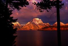 Grand Teton National Park (udbluehens) Tags: sunrises grandtetonnationalpark jacksonlake mtmoran grandtetonpool