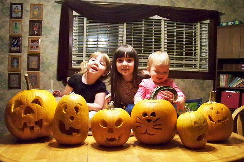Lucy, Julia and Phoebe with our pumpkins