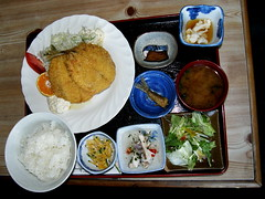 #9881 lunch set () (Nemo's great uncle) Tags: horse food geotagged mackerel izu      westizu shizuokaprefecture    kaigaratei japanesehorsemackerel trachurusjaponicus trachurus geo:lat=3501950904026183 geo:lon=13886055071230317 japonicuslunch