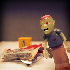 210   365 (Randomographer) Tags: candy zombie finger selfie project365 365days randomographer