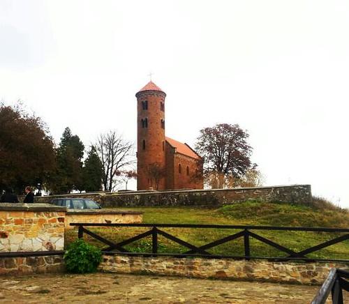Kościółek św. Idziego w Inowłodzu - XI w.