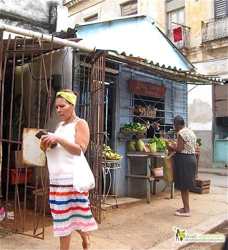 Locals Shopping - Havana Centro - Cuba
