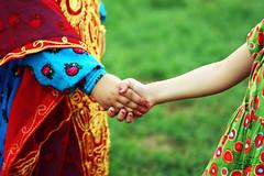 العيد بين الماضي والحاضر (عفاف المعيوف) Tags: عيد سلام حاضر ماضي بنوتات أخوة
