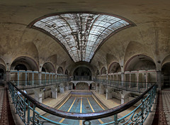 180 degree first floor view (Lake (Delmor)) Tags: urban berlin abandoned swimmingpool invade explorers exploration beautifull urbex photos czeche delmor
