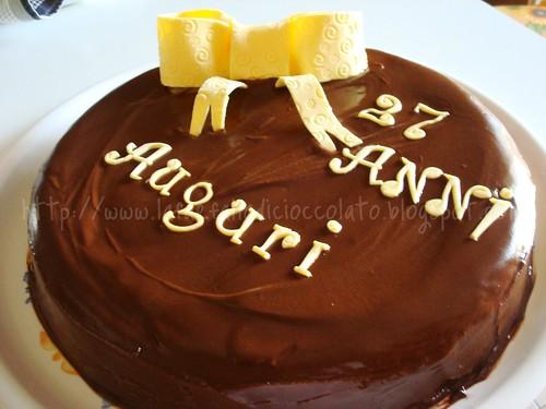 TortaAl cioccolato per compleanno Angelo