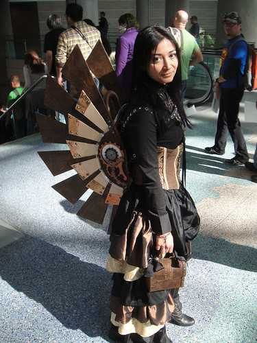 Comikaze Expo 2011 - steampunk angel