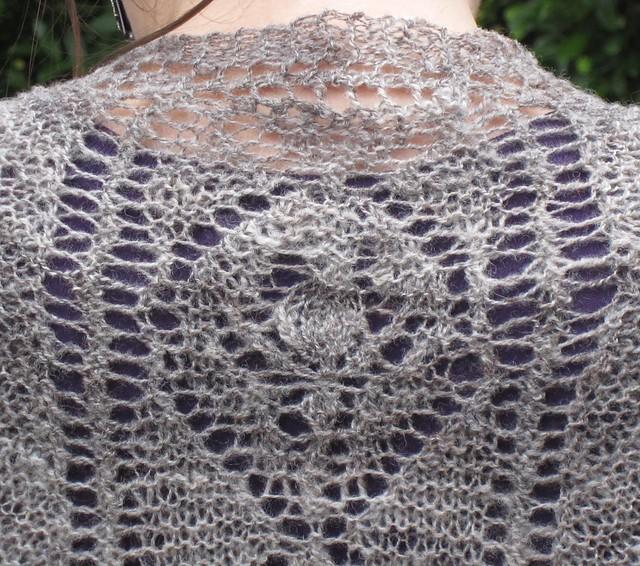 Rosebud Faroese Shawl: knitting