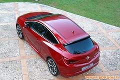Opel Astra GTC OPC 1
