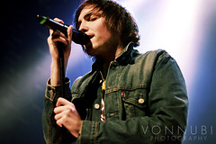 You Me At Six (Vonnubi Photography) Tags: ymas youmeatsix joshfranceschi thenoisetour