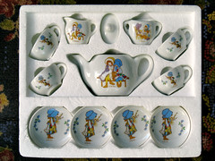 Holly Hobbie Tea Set (M.P.N.texan) Tags: china ceramic toy toys collection childrens teapot collectible teacup childs porcelain collecting teaset hollyhobbie