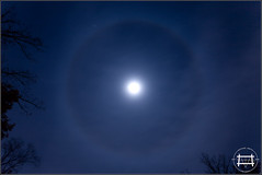 Ice Halo (Michael Smith Imagery) Tags: color stars fullmoon moonlight astronomy moonbow whiterainbow lunarrainbow lunarbow spacerainbow