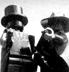 Masquerade & Noire: Vigilanties for Hire (The Lego Man in the Hat) Tags: fight gun fighter lego crime masquerade combat hire 41 noire mauser c96 ppsh vicilanty