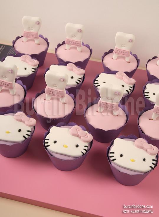 B-Dis Cupcake