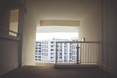 ++ (GlennTaubenfeld (www.glenntaubenfeld.com)) Tags: houses film home singapore country hdb singapura singaporecity lioncity