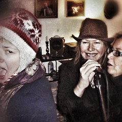 Sing, ladies! (PShanks) Tags: music fun cool julie sweet folk blues singers judy edith elementals