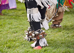 Footsteps004 (Ridley Stevens Photography) Tags: family wow fun dance skins spokane dancing native indian traditional feathers american wa tradition pow encampment riverfrontpark beadwork moccasins powwow footwork spokanetribe spokanefallsencampmentandpowwow