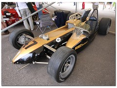"""Smokey"" Yunicks 1964 S-C Corp 'n' Hurst Floor Shifter Special  Indy Car. ""100 Years Indianapolis 500"" Goodwood Festival of Speed 2011 (Antsphoto) Tags: auto uk classic car sussex britain indianapolis historic cart fos motorracing goodwood carshow motorsport speedway irl racingcar chichester autosport champcar indy500 indycar brickyard usac motorcar sigma1020mm indianapolis500 2011 hstoric goodwoodfestivalofspeed goodwoodhouse canoneos40d smokeyyunick antsphoto anthonyfosh goodwoodfestivalofspeed2011 gooodwoodhouse 1964sccorp hurstfloorshifterspecial 100yearsindy500"