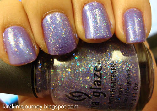 Sally Hansen - Virtual Violet + China Glaze Electric Lilac