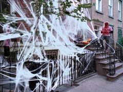 Halloween Houses  web spider mssngr_3032 copy (Lanterna) Tags: nyc houses streets halloween decoration brownstones greenwichvillage spooks