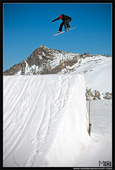 MO__7007_ps_web (Andreas Mohaupt I Photographer) Tags: portrait sun fall sport corner fun jump october autum action air extreme snowboard opening bluebird hip method kicker 2011 hintertuxergletscher backside180 backsideair backside540 romesds backside360 wwwandreasmohauptcom