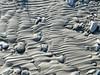 segni d'acqua sulla sabbia