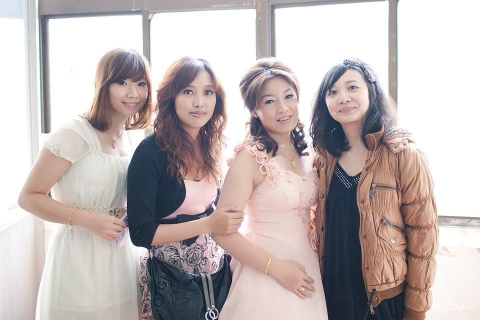 Ake+Chiaying-090