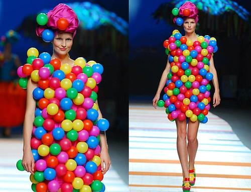 Agatha-Ruiz-de-la-Prada-vestido-globo