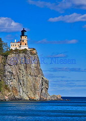 Split Rock Lighthouse, Minnesota (Dale Niesen) Tags: light lighthouse minnesota america lighthouses greatlakes lakesuperior splitrocklighthouse greatlakeslighthouses lighthousetrek