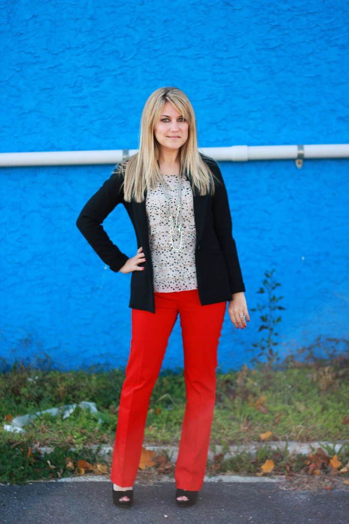 red trousers office outfit