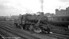 16/04/1960 - Leeds City. (53A Models) Tags: train railway steam westyorkshire 260 lms ivatt leedscity 46498 britishrailway 2mt