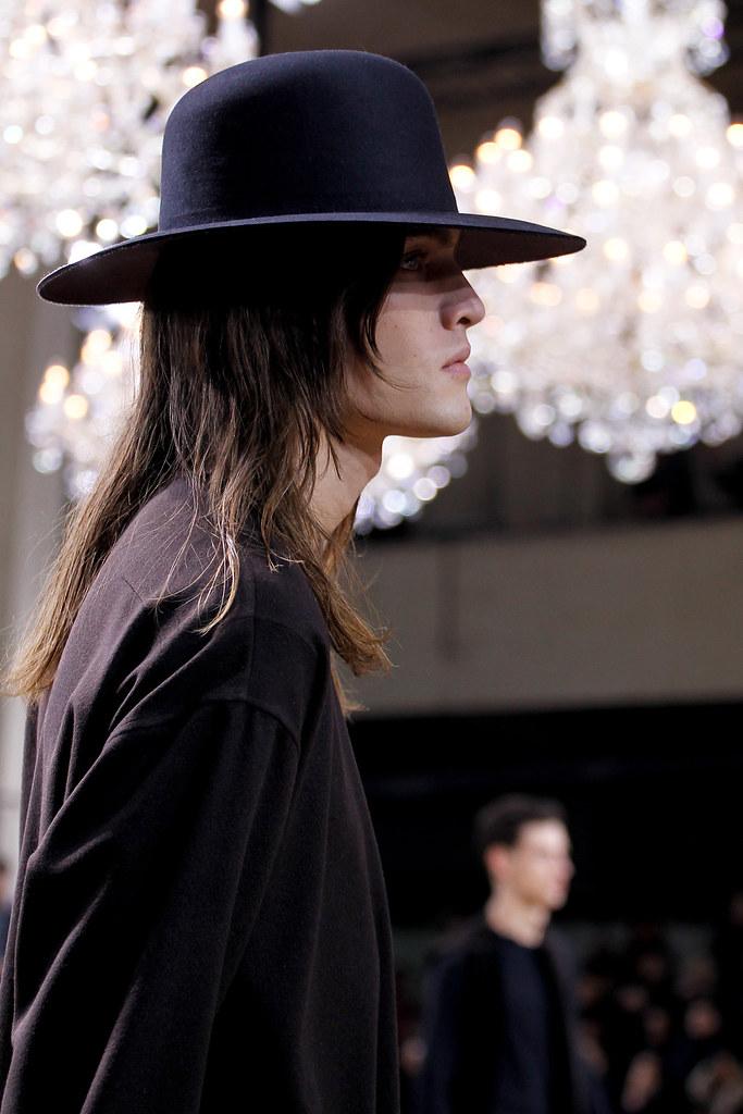 Marcel Castenmiller3235_FW11_Paris_Dior Homme(VOGUEcom)