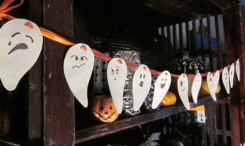 Paper Ghost Garland