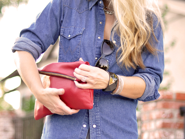 details-accessories- red clutch-bracelets